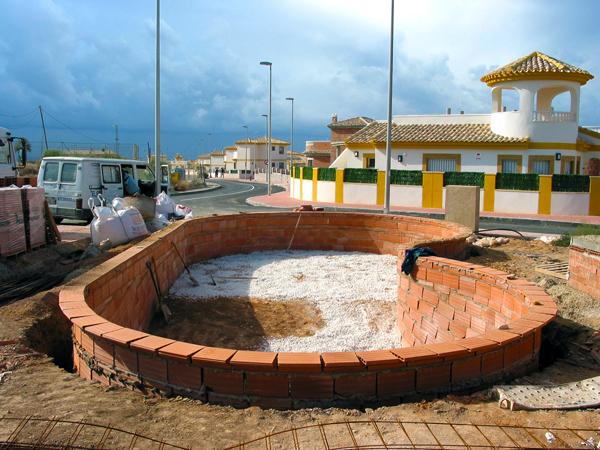 Piscinas y ocio escribano piscinas construcci n en gresite for Construccion de piscinas en corrientes